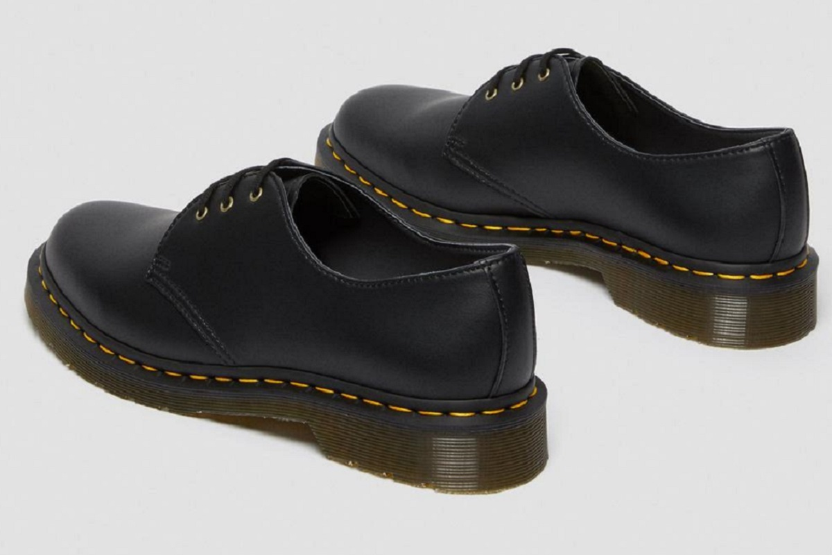 DR MARTENS 1461 SMOOTH LEATHER OXFORD SHOES