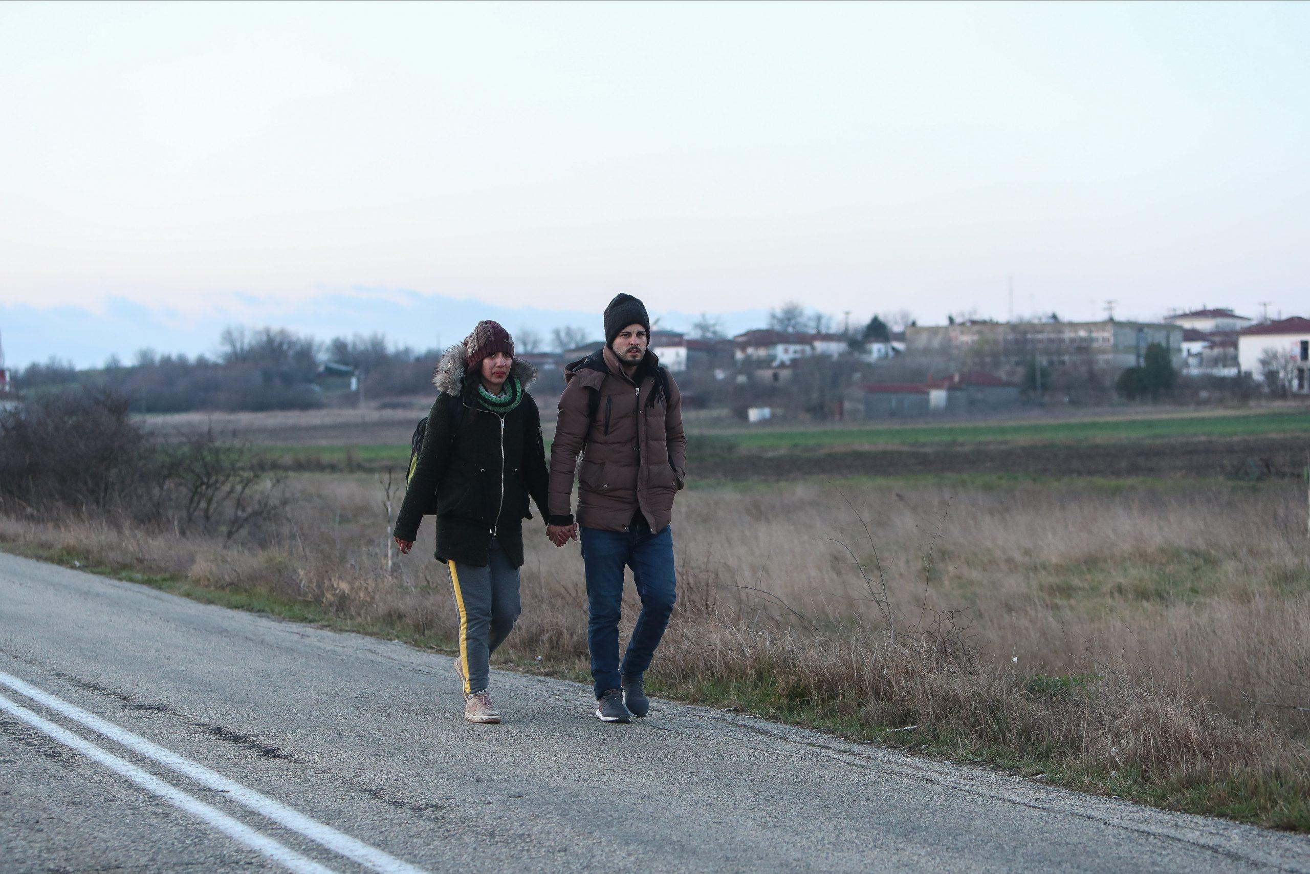 Ζευγάρι προσφύγων στον Έβρο