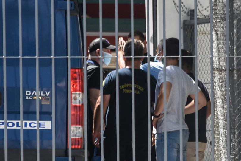 Ο Φιλιππίδης στις φυλακές.