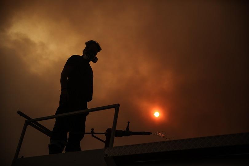 Πυρκαγιά Βαρυμπόμπη φωτιά