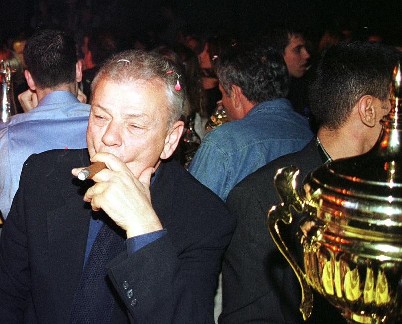 O Nτούσαν Ίβκοβιτς πανηγυρίζει.