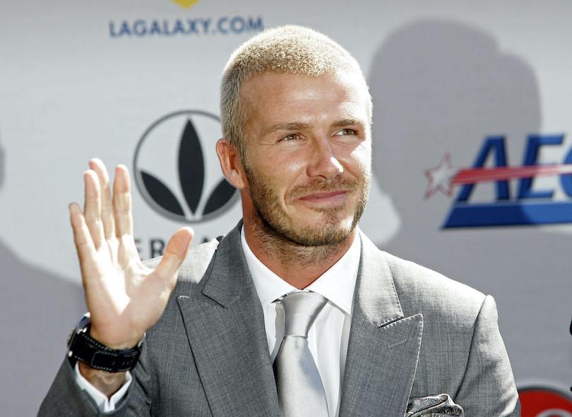 O David Beckham έβαψε τα μαλλιά του και ξαφνικά ζούμε ξανά στα 90s