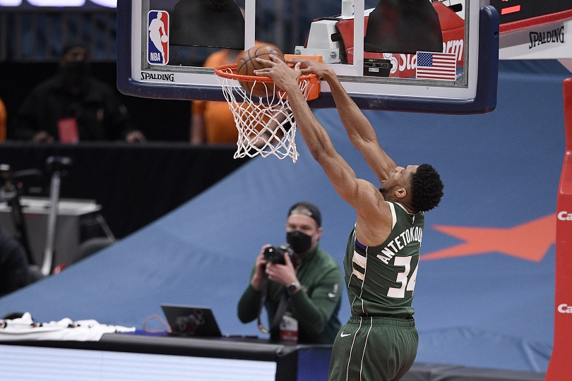 Ο Γιάννης Αντετοκούνμπο σε ματς του NBA/