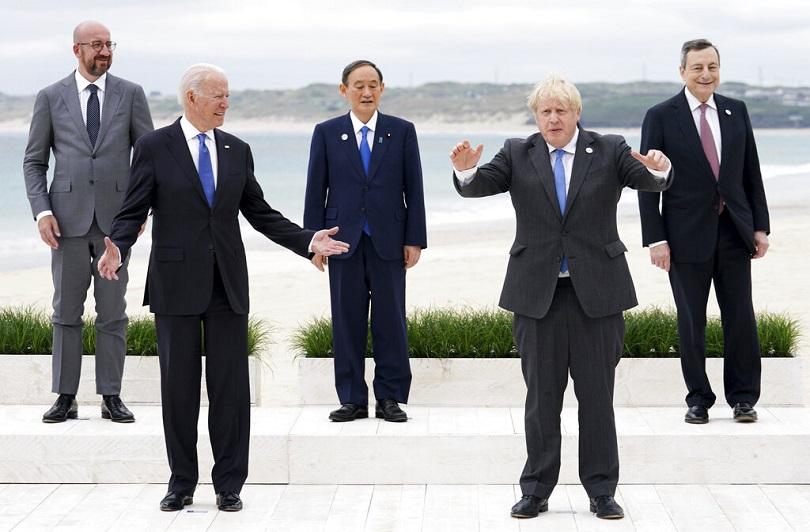 Εικόνα των G7 μετά τη συνάντηση στο Λονδίνο.