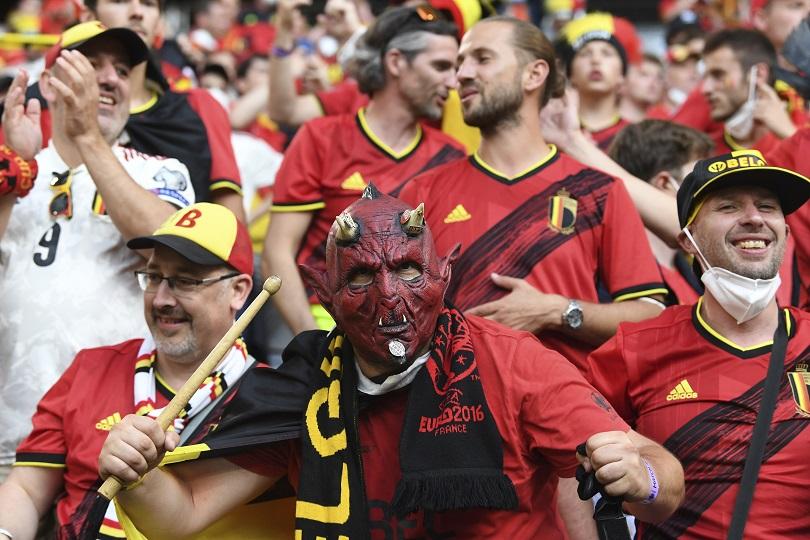 Οπαδός του Βελγίου κατά το ματς με την Ιταλία.