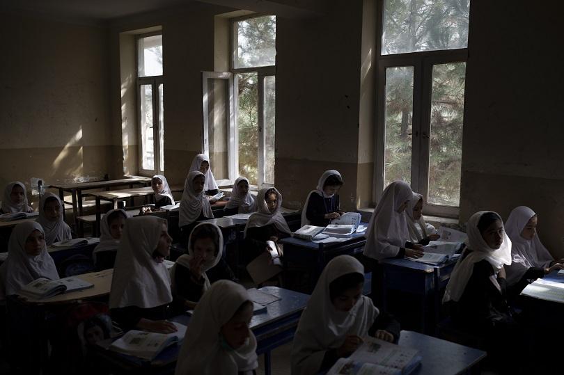 Μαθήτριες σε σχολείο του Αφγανιστάν.