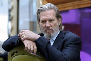 Ο Jeff Bridges κερδίζει τον καρκίνο και εμείς γιορτάζουμε