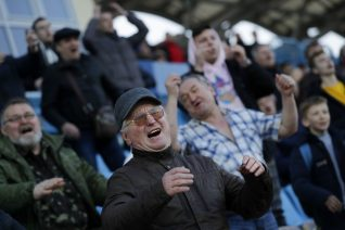 Στη Λευκορωσία παίζουν ακόμα μπάλα και μάλλον φαντάζεσαι γιατί
