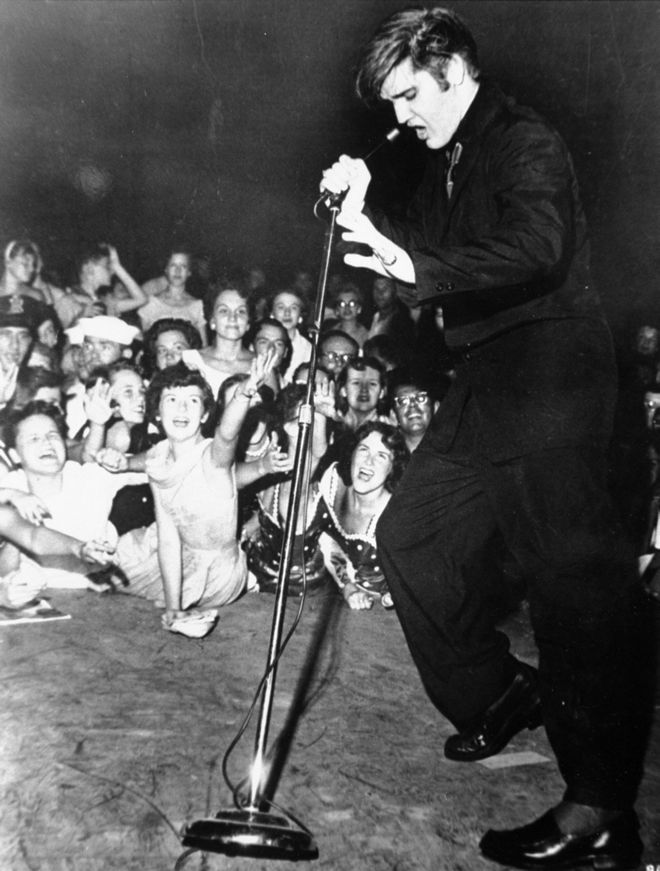 Elvis Presley rock and roll βασιλιας