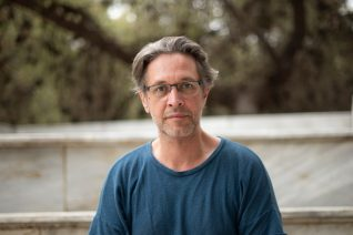 Ο Αιμίλιος Χειλάκης είναι παραστατικός και όχι αισθητικός καλλιτέχνης