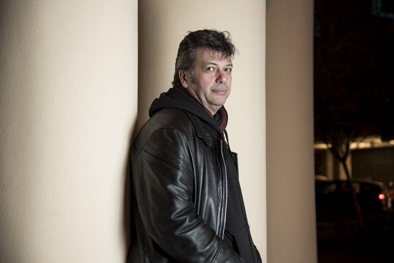 Μπάμπης Παπαδόπουλος, μουσικός, συνθέτης και κιθαρίστας.