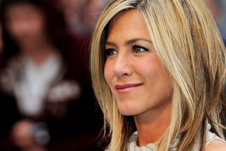 H Jennifer Aniston βαρέθηκε τα media να ασχολούνται με τον κόλπο της