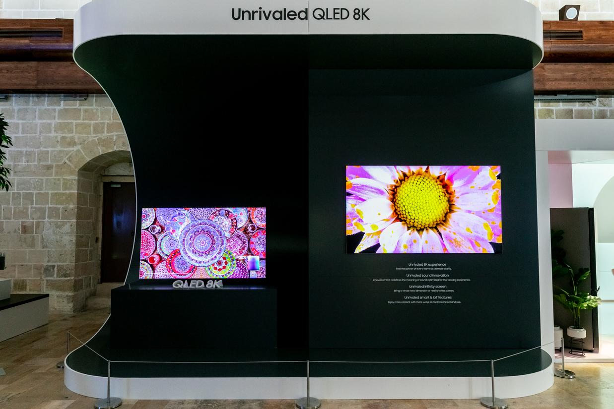 Η ναυαρχίδα των QLED της Samsung