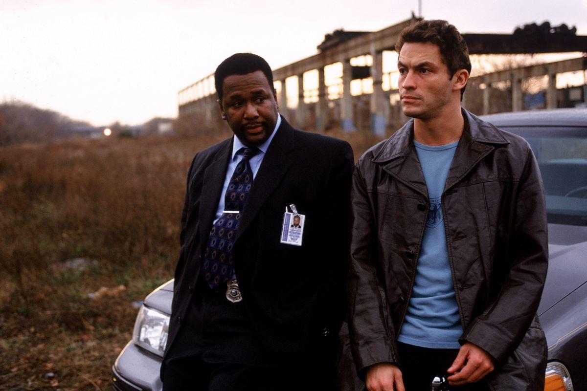 Δες το The Wire αν σου λείπει το Sopranos