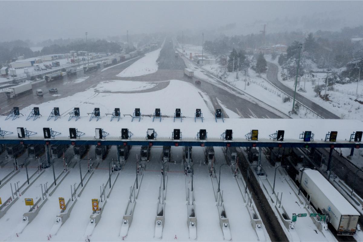 Drone διόδια χιόνια