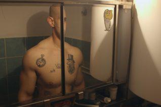 'Ο Χειροπαλαιστής': Πώς είναι να γυρίζεις ένα ντοκιμαντέρ με θέμα τον αδερφό σου;