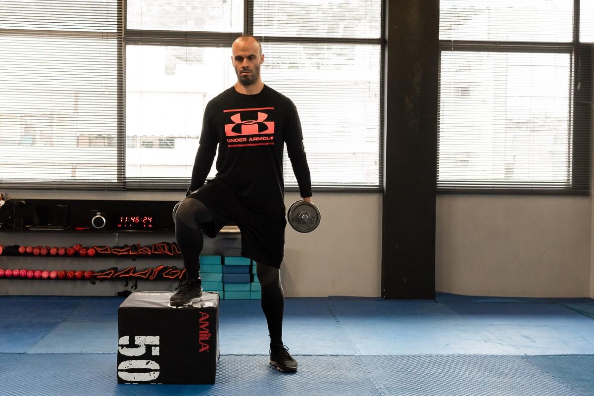 Ασκήσεις με box από τον Βαγγέλη Πολυμερόπουλο
