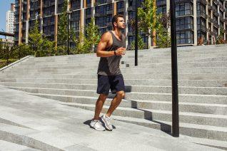 10 αθλητικές βερμούδες για να κρατηθείς σε φόρμα