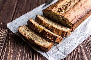 Πώς το banana bread έγινε το επίσημο κέικ της καραντίνας