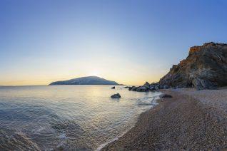 5 κρυμμένες παραλίες της Αττικής που πρέπει να ανακαλύψεις