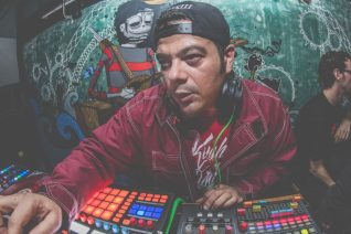 DJ ALX άσε το γ****μένο beat να πέσει