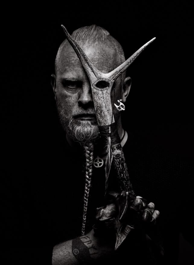 Μιλήσαμε με τον άνθρωπο που έγραψε τη μουσική για το Vikings