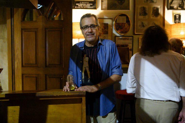 Αφιέρωμα στην Κυψέλη. Οι φωτογραφίες τραβήχτηκαν στο μπαρ Au Revoir. Τετάρτη 2 Οκτωβρίου 2019. Φωτογραφίες: Oneman.gr / Φραντζέσκα Γιαϊτζόγλου – Watkinson