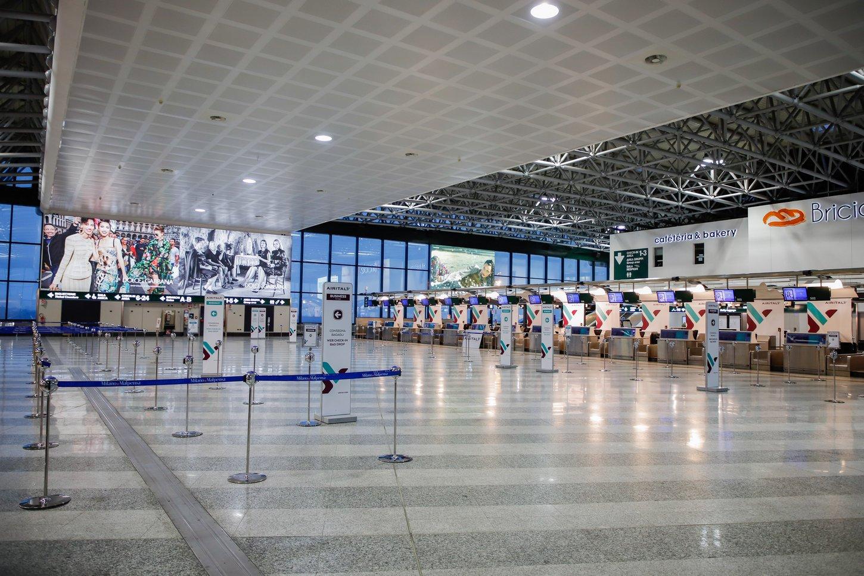 Άδεια check-in counters στο Αεροδρόμιο Milano Malpensa MPX.