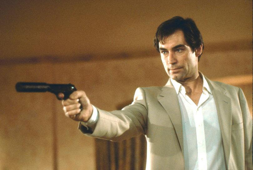 Καλοκαιρινά στιλιστικά μαθήματα από τον James Bond
