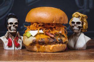 Γιατί το Juicy Grill παραμένει το καλύτερο burger της Αθήνας