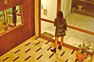 Για κάποιους, η σεξουαλική παρενόχληση στην 25χρονη Δανάη δεν είναι καν είδηση