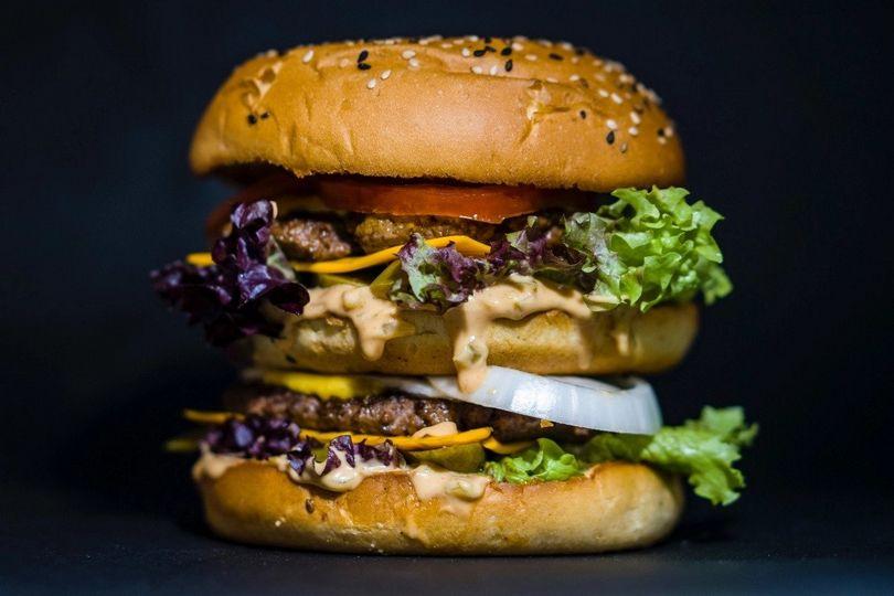 κορονοϊός delivery burger