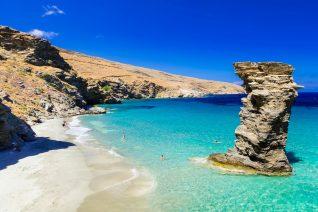 Σου δίνουμε το ελληνικό νησί, βρίσκεις αν είναι Κυκλάδες ή Δωδεκάνησα;