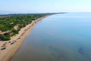 Η ατελείωτη παραλία της Αιτωλοακαρνανίας με την τεράστια αμμουδιά
