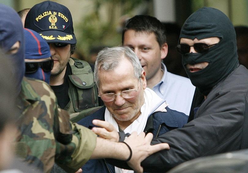 μαφία ιταλία σύλληψη κόζα νόστρα