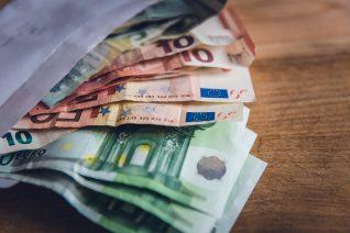Πώς θα γλιτώσεις εκατοντάδες ευρώ το χρόνο