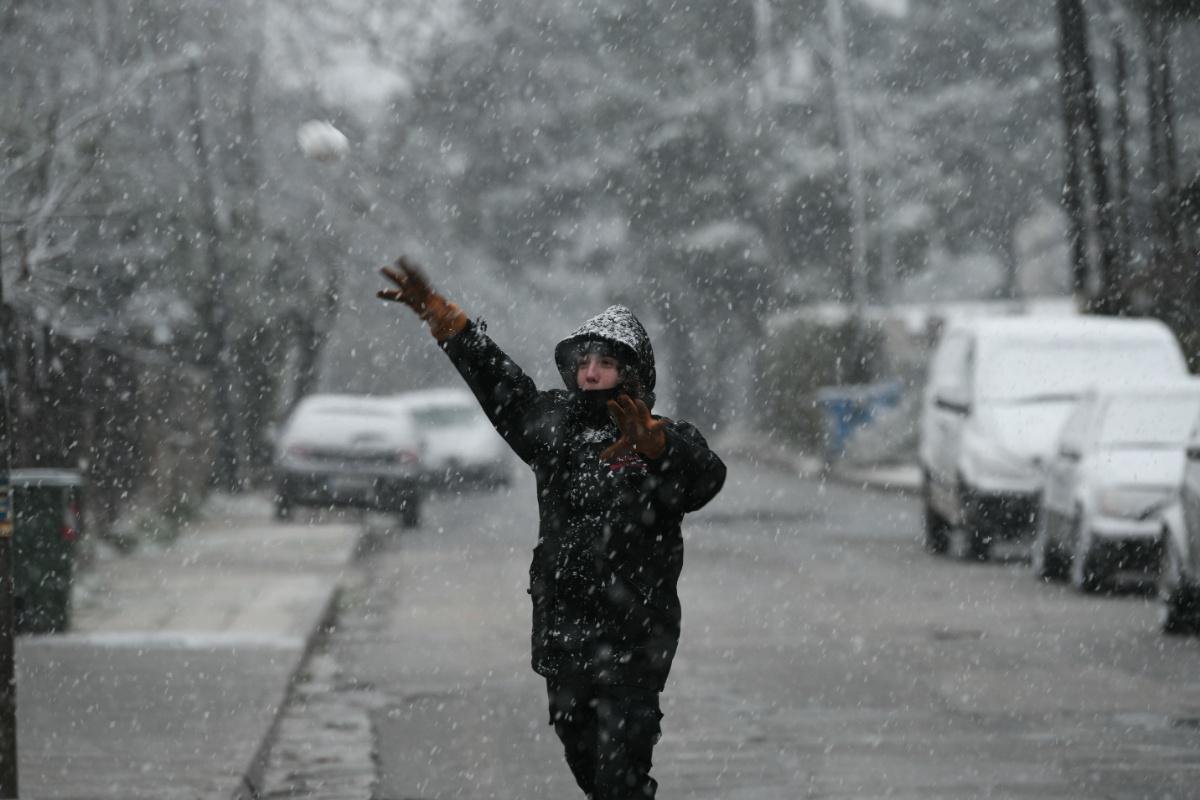 Χιόνια Διόνυσος
