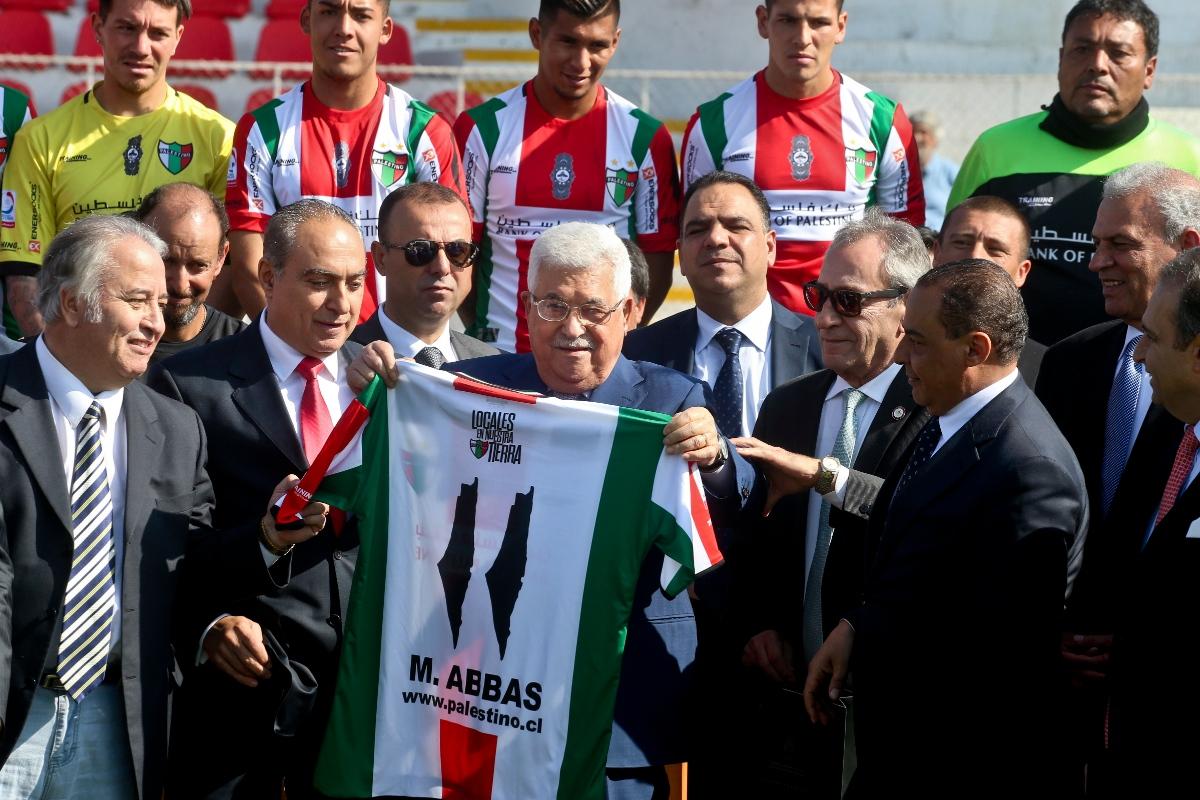 Palestino, η ομάδα της Χιλής με τα παλαιστινιακά μαντήλια