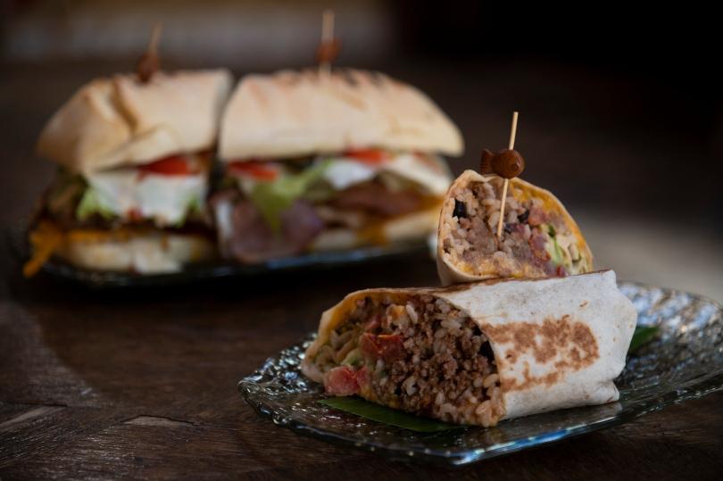 Burrito και σάντουιτς