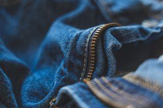 Τα καλύτερα τζιν παντελόνια μέχρι 100 ευρώ