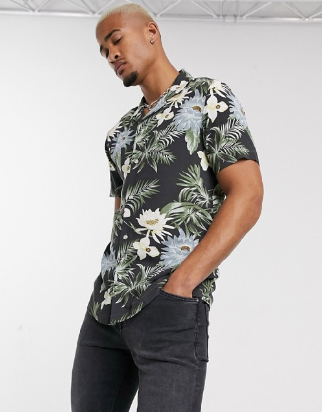 ASOS DESIGN revere collar regular hawaiian shirt in black