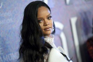 Η Rihanna είναι και επίσημα η πρώτη δισεκατομμυριούχος μουσικός