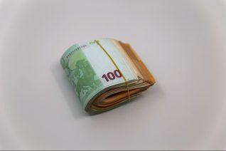 Πόσα χρήματα πρέπει να αποταμιεύσεις ανάλογα με την ηλικία σου