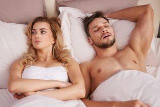 Sex coma: Γιατί είναι απόλυτα λογικό να σε παίρνει ο ύπνος μετά το σεξ