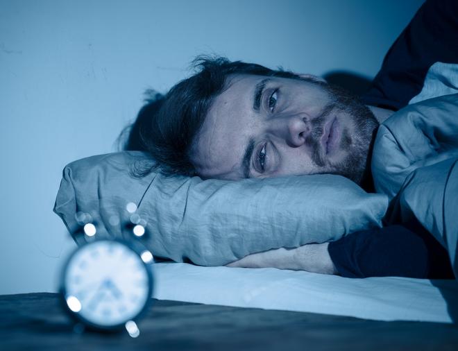 Ένας άνδρας με πρόβλημα αϋπνίας