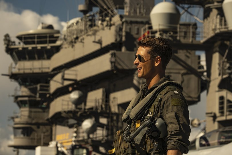 top gun maverick glen powell